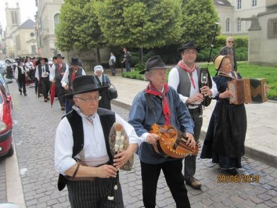 2013-06-29 Troyes - Défilé LEM (Copier)